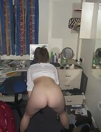 Girls spread their own home photo assholes. In those photos they show their asses sizes, from huge to simply enormous.